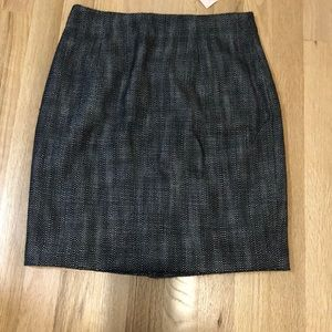 Banana Republic BRAND NEW with tags textured skirt